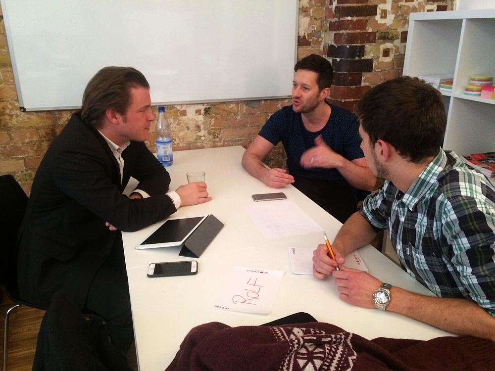 Rolf_Zipf_von_etventure_berät_das_Startup_Smartdrive