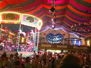 "Roundtable ""Digitale Transformation"" und Wiesn-Abend"