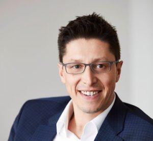 Dr. Jörg Karas